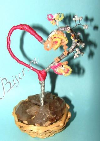 дерево-валентинка